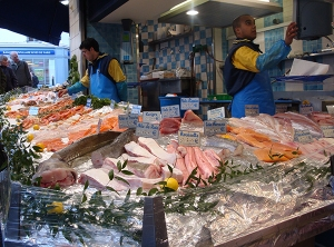 Fish at market. Photo credit: NMFS.